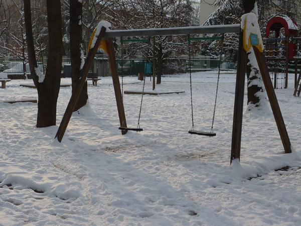 http://metalmidinette.free.fr/img/neige1-1.jpg
